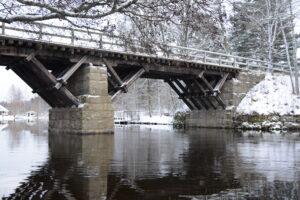 Vanha silta joulukuussa-2017 - Jukka Lehto